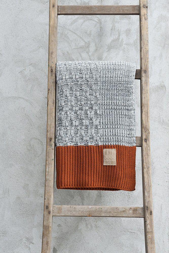 10211 knit factory plaid joep 3