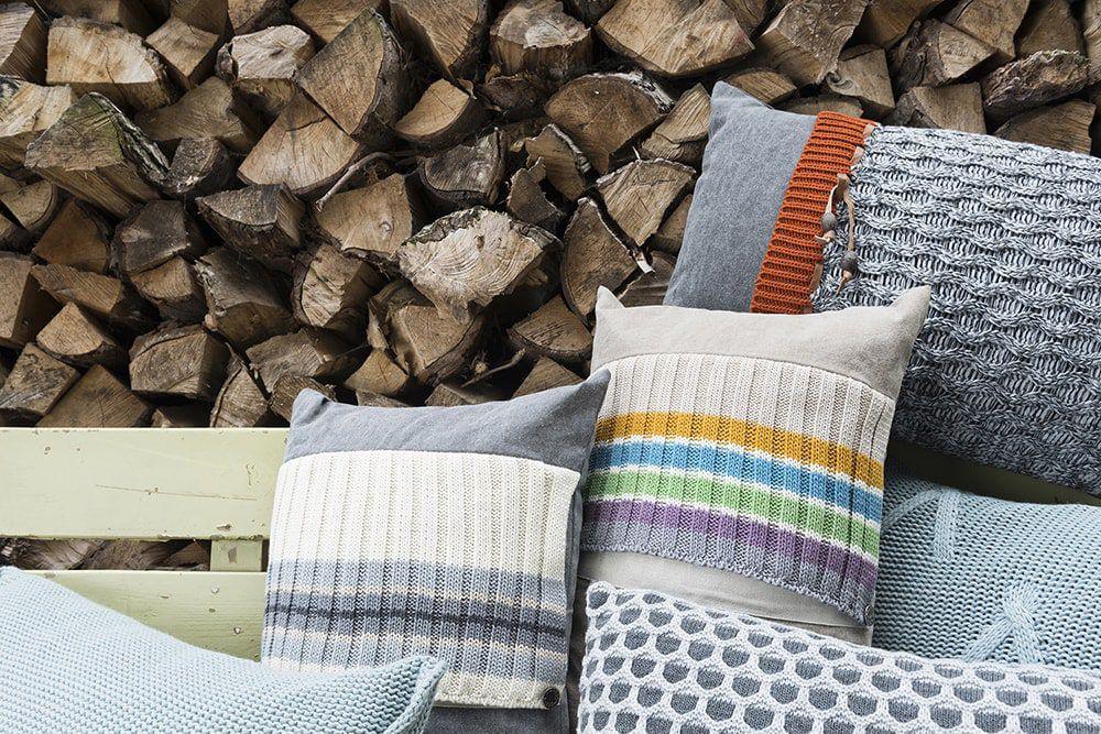 10213 knit factory kussen 60x40 joep 3