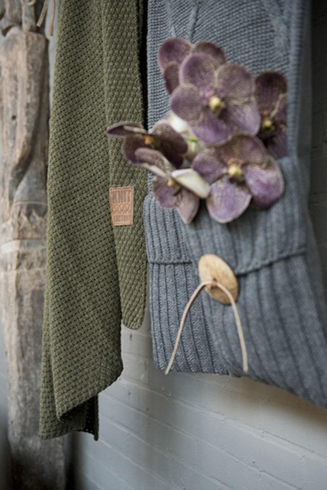11010 knit factory pocket aran 2