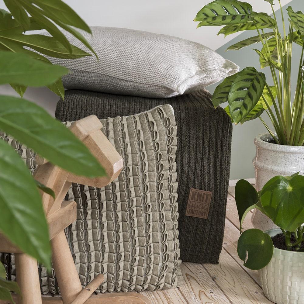 11512 knit factory kussen 50x50 sara 1