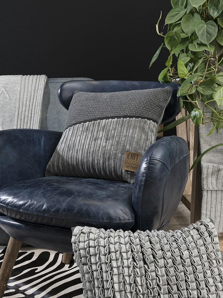 11512 knit factory kussen 50x50 sara 10