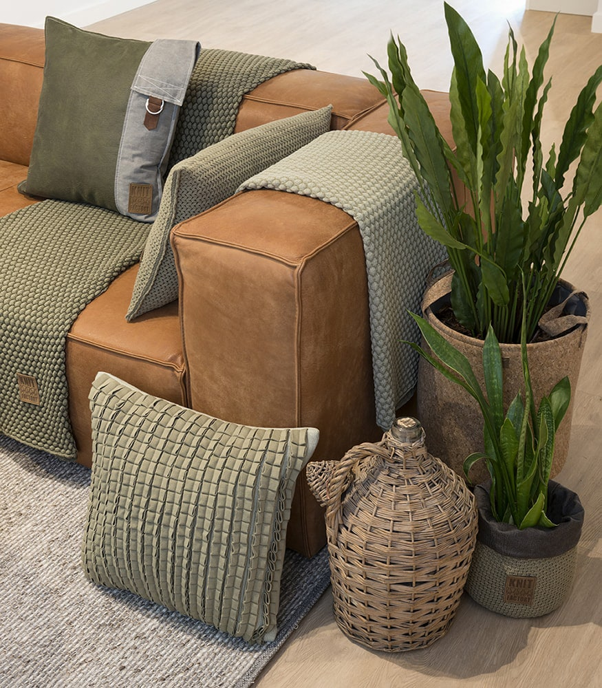 11512 knit factory kussen 50x50 sara 13