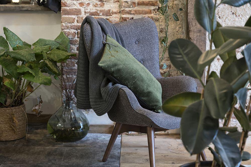 14213 knit factory james kussen 60x40 2