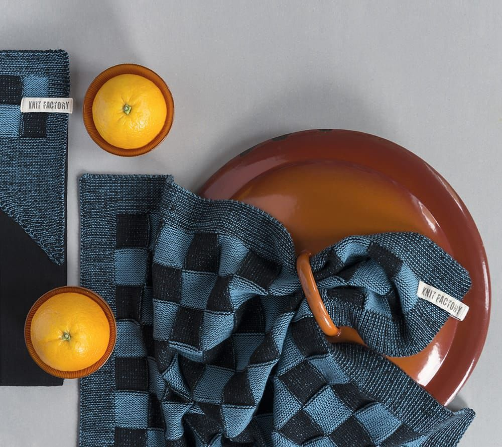 20100 knit factory keukendoek block zwart 3