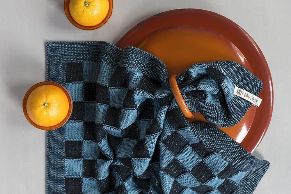 20100 knit factory keukendoek block zwart 6