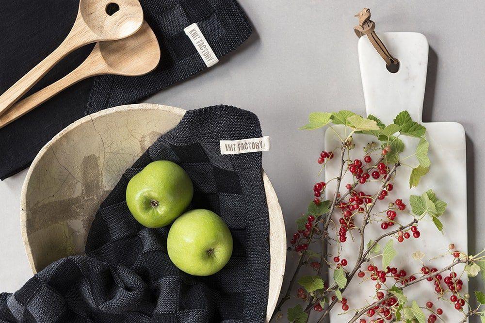20101 knit factory theedoek grote blok 2 kleuren zwart 6