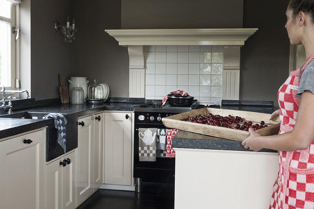 20104 knit factory keukenschort grote blok 2 kleuren ecru 7