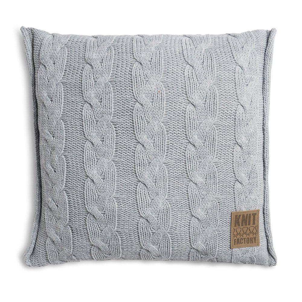 knit factory 1161211 kussen 50x50 sasha licht grijs 1