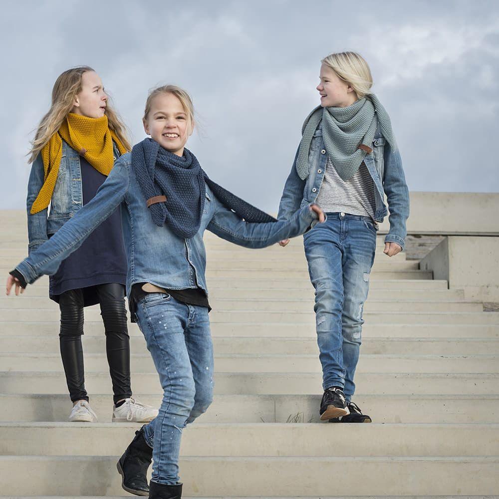 knit factory 1205913 coco omslagdoek junior jeans 2