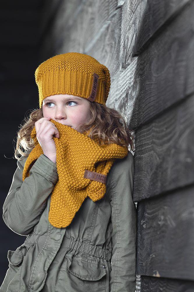knit factory 1205917 coco omslagdoek junior oker 4