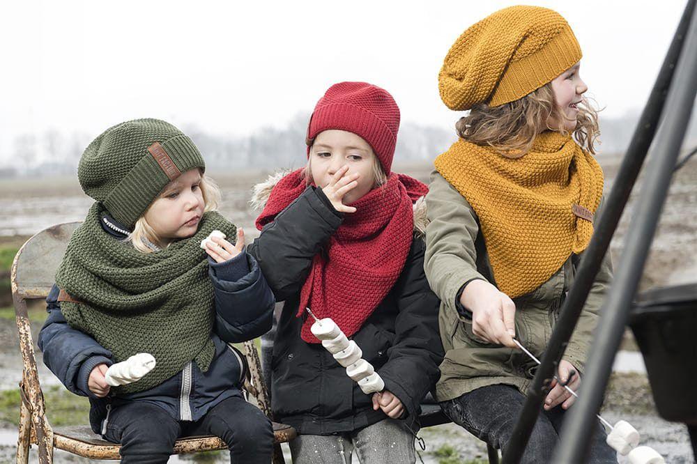 knit factory 1205925 coco omslagdoek junior khaki 3