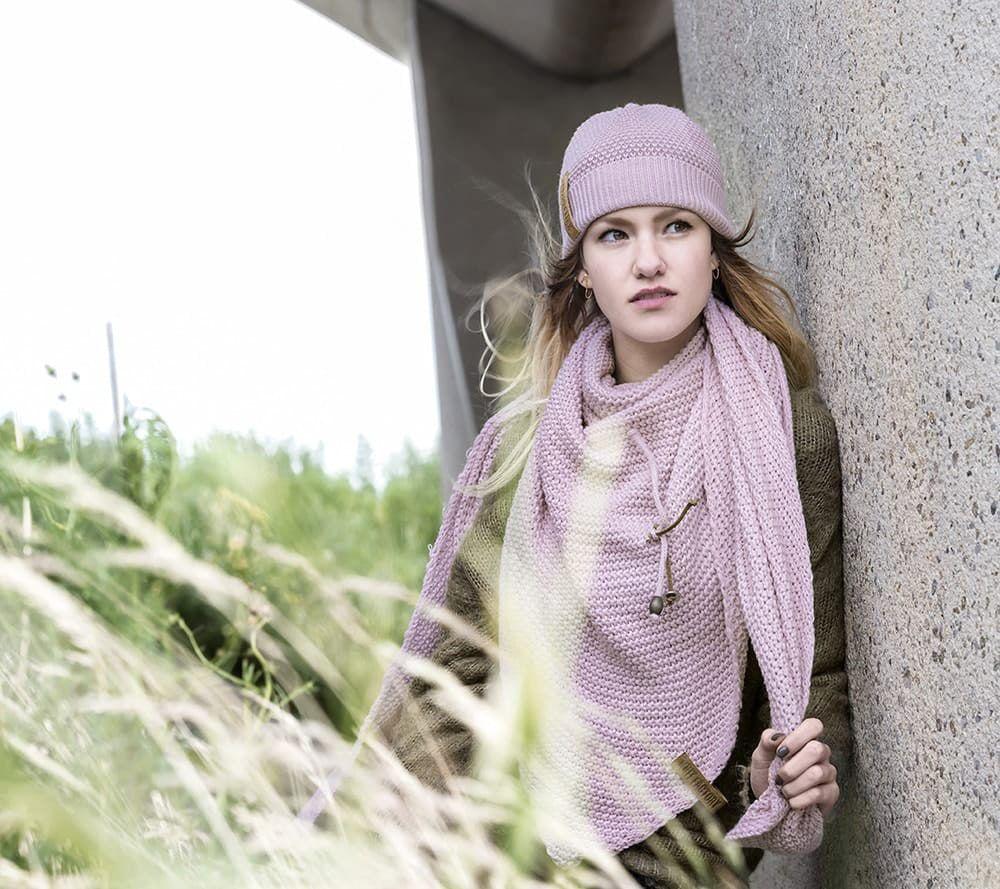 knit factory 1206021 coco omslagdoek roze 3