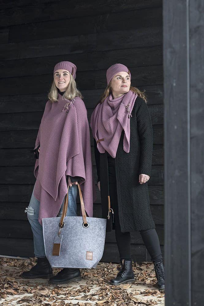 knit factory 1206027 coco omslagdoek lila 2