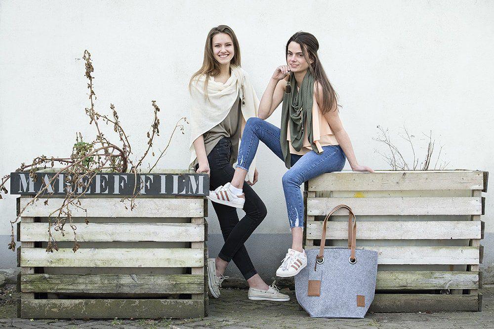knit factory 1306019 lola omslagdoek ecru5