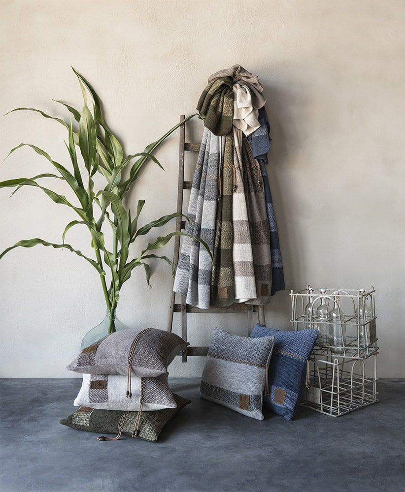 knit factory 1311244 roxx kussen 50x50 groen olive 5