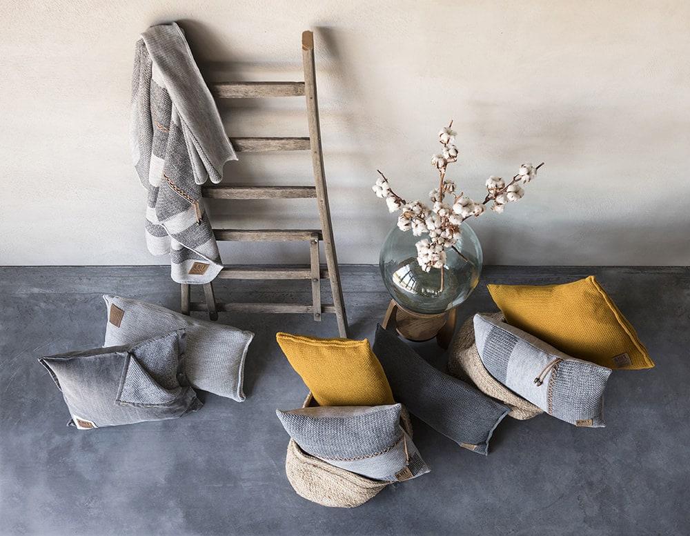 knit factory 1311251 roxx kussen 50x50 grijs antraciet 5