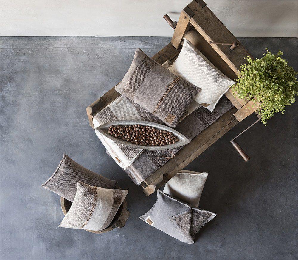 knit factory 1311252 roxx kussen 50x50 beige marron 4