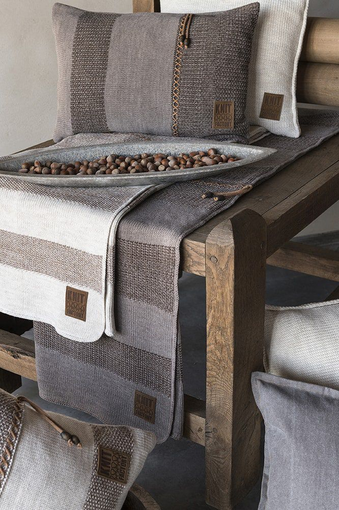knit factory 1311252 roxx kussen 50x50 beige marron 5