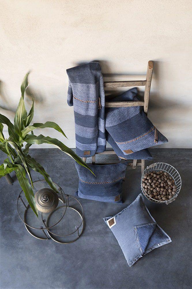 knit factory 1311254 roxx kussen 50x50 jeans indigo 6