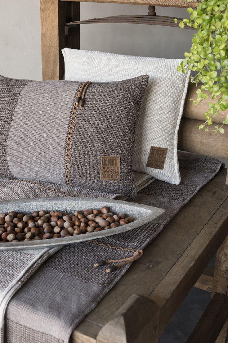 knit factory 1311352 roxx kussen 60x40 beige marron 6