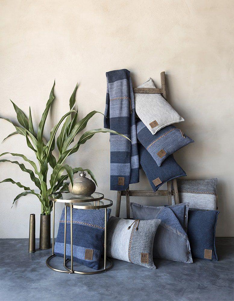 knit factory 1311354 roxx kussen 60x40 jeans indigo 5
