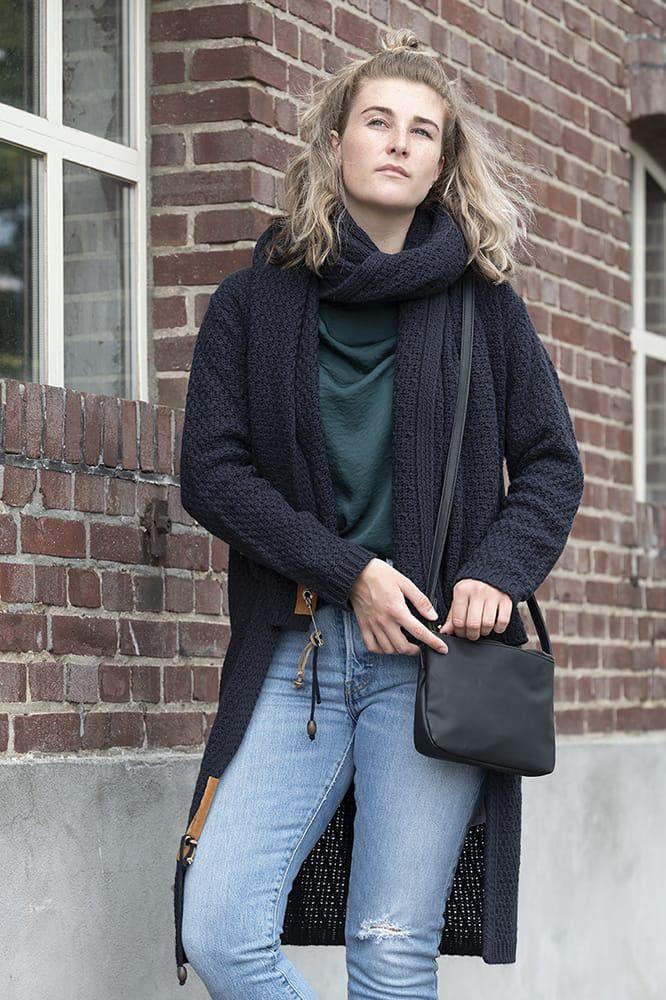 knit factory 1336526 luna sjaal navy 5