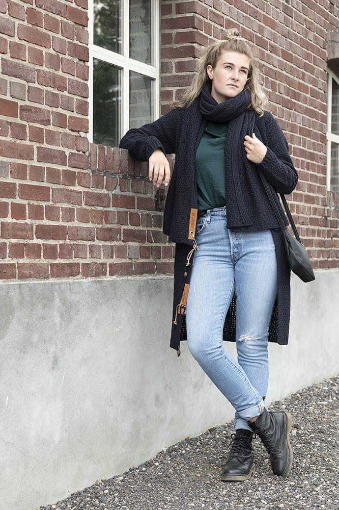 knit factory 1336526 luna sjaal navy 6