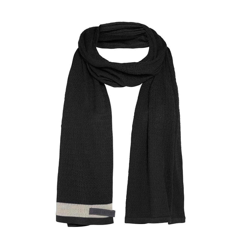 knit factory 1416500 june sjaal zwart 1