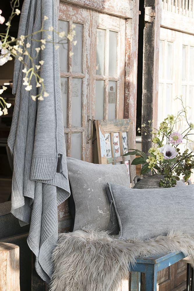knit factory 1421211 james kussen 50x50 licht grijs 5