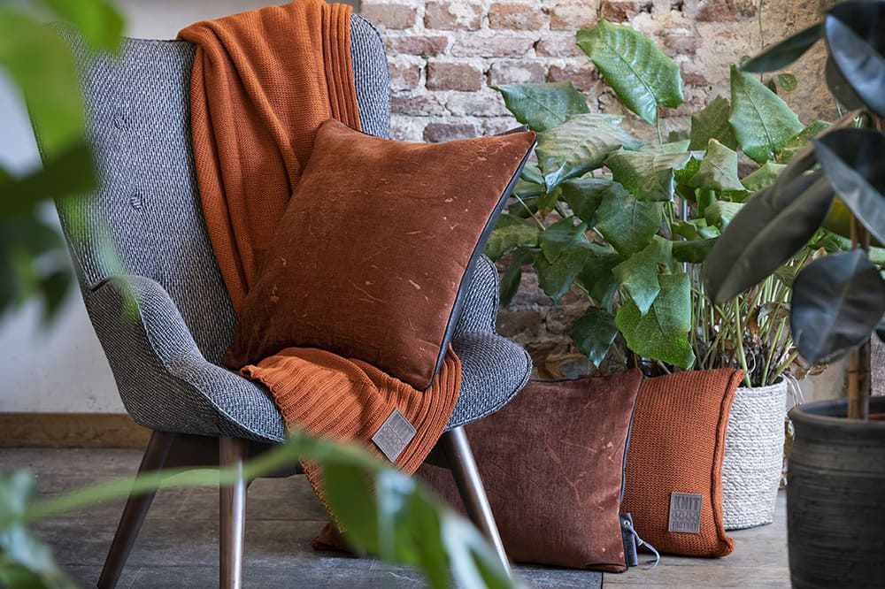 knit factory 1421230 james kussen 50x50 brique 3