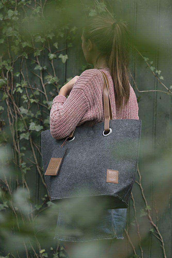 knit factory 1709010 tess schoudertas antraciet 7