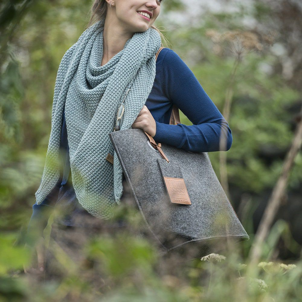 knit factory 1709010 tess schoudertas antraciet 9