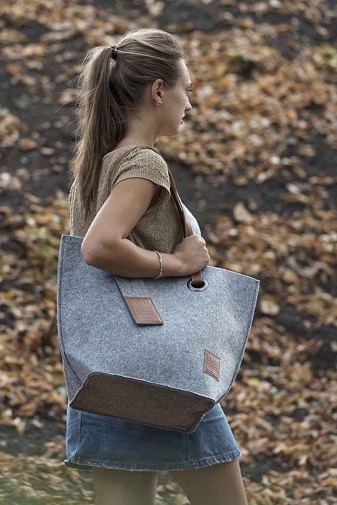 knit factory 1709011 tess schoudertas licht grijs 6