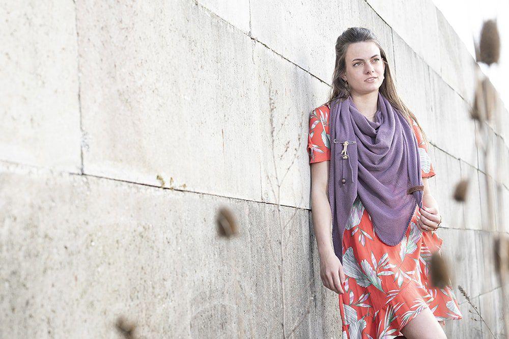 knit factory kf130060027 lola omslagdoek lila 3