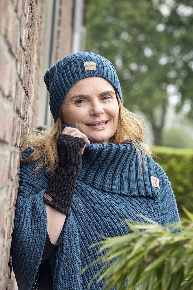 knit factory kf14806200850 nicky gebreide poncho petrol 3