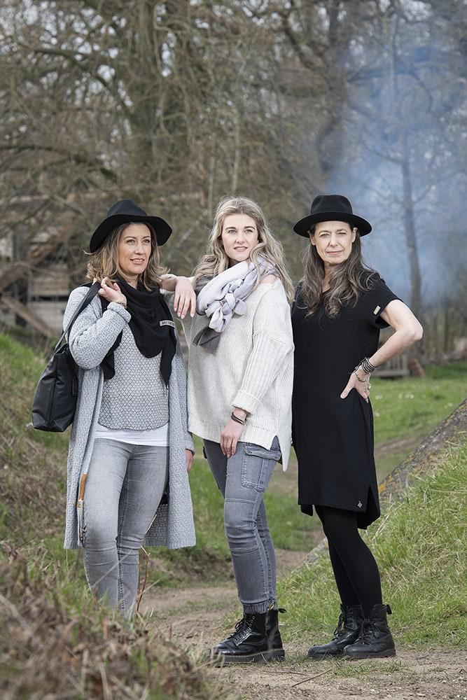 knit factory kf15012000051 indy jurk zwart l 4