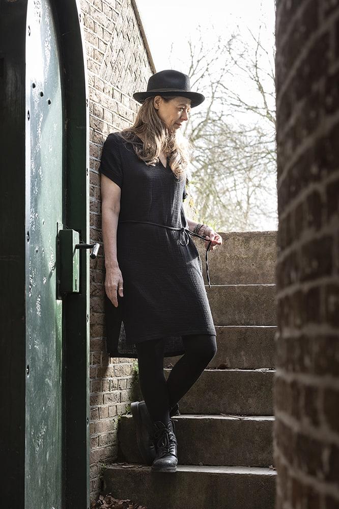 knit factory kf15012000052 indy jurk zwart xl 2