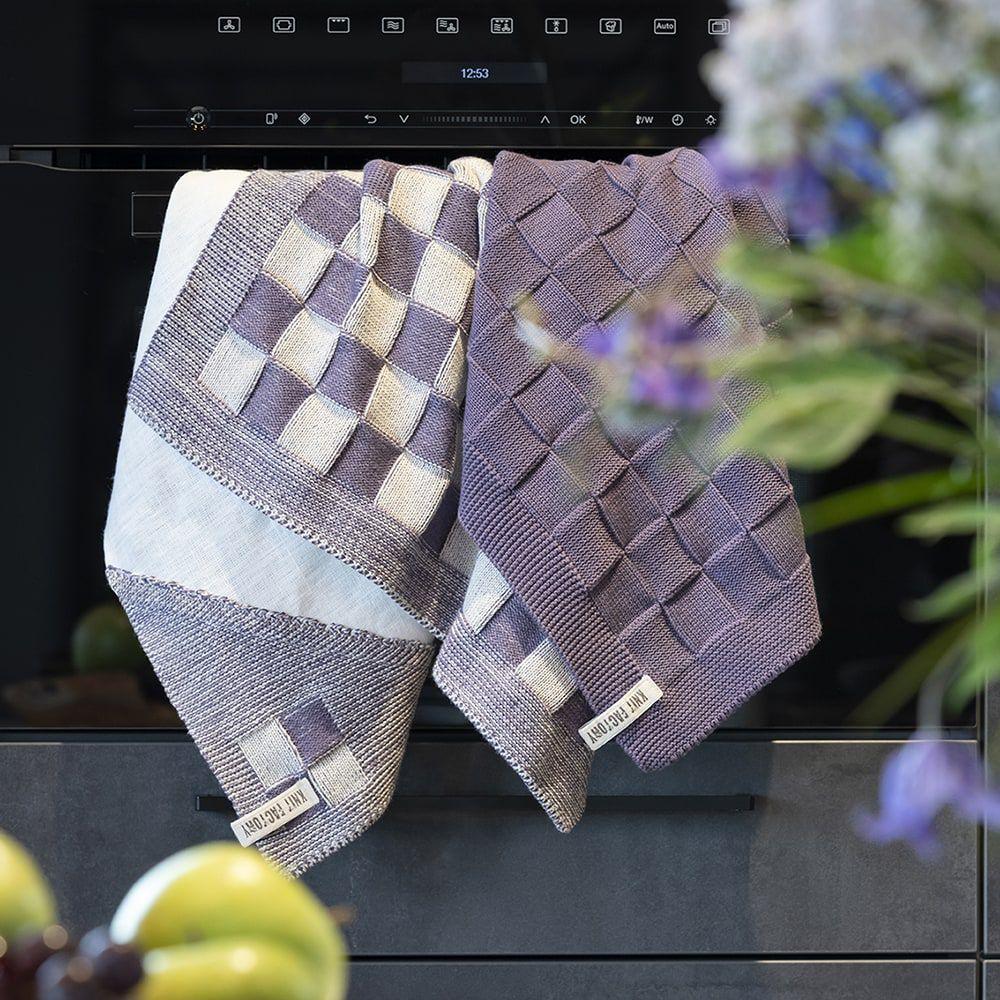 knit factory kf201200293 keukendoek block ecru violet 3