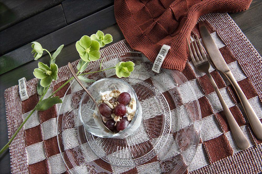 knit factory kf201202286 placemat block ecru roest 4