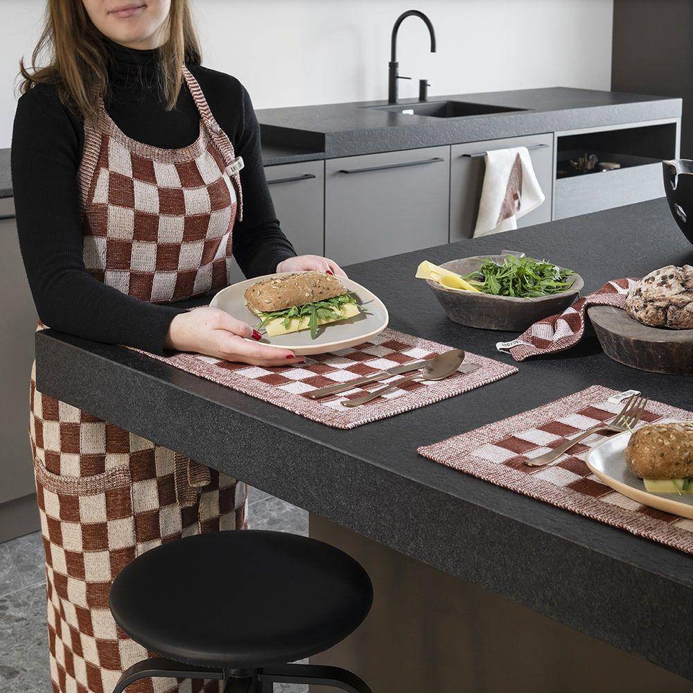 knit factory kf201204286 keukenschort block ecru roest 2