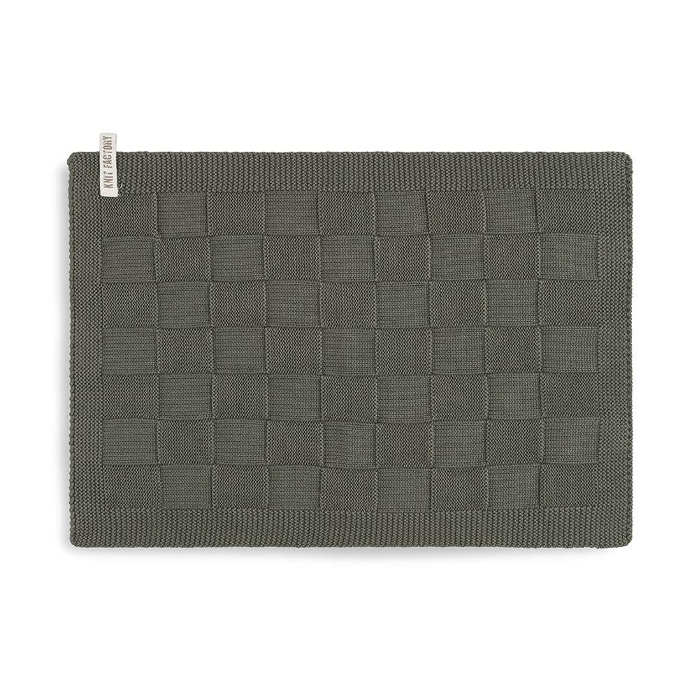 knit factory kf202226025 gastendoekje ivy khaki 1
