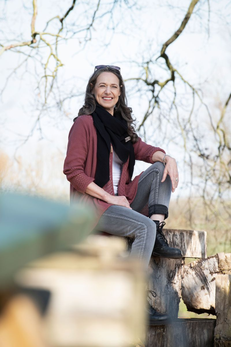 april knitted cardigan stone red 4042