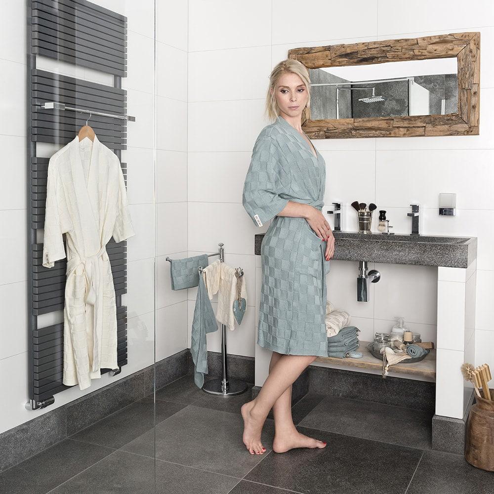 bathrobe size m ecru