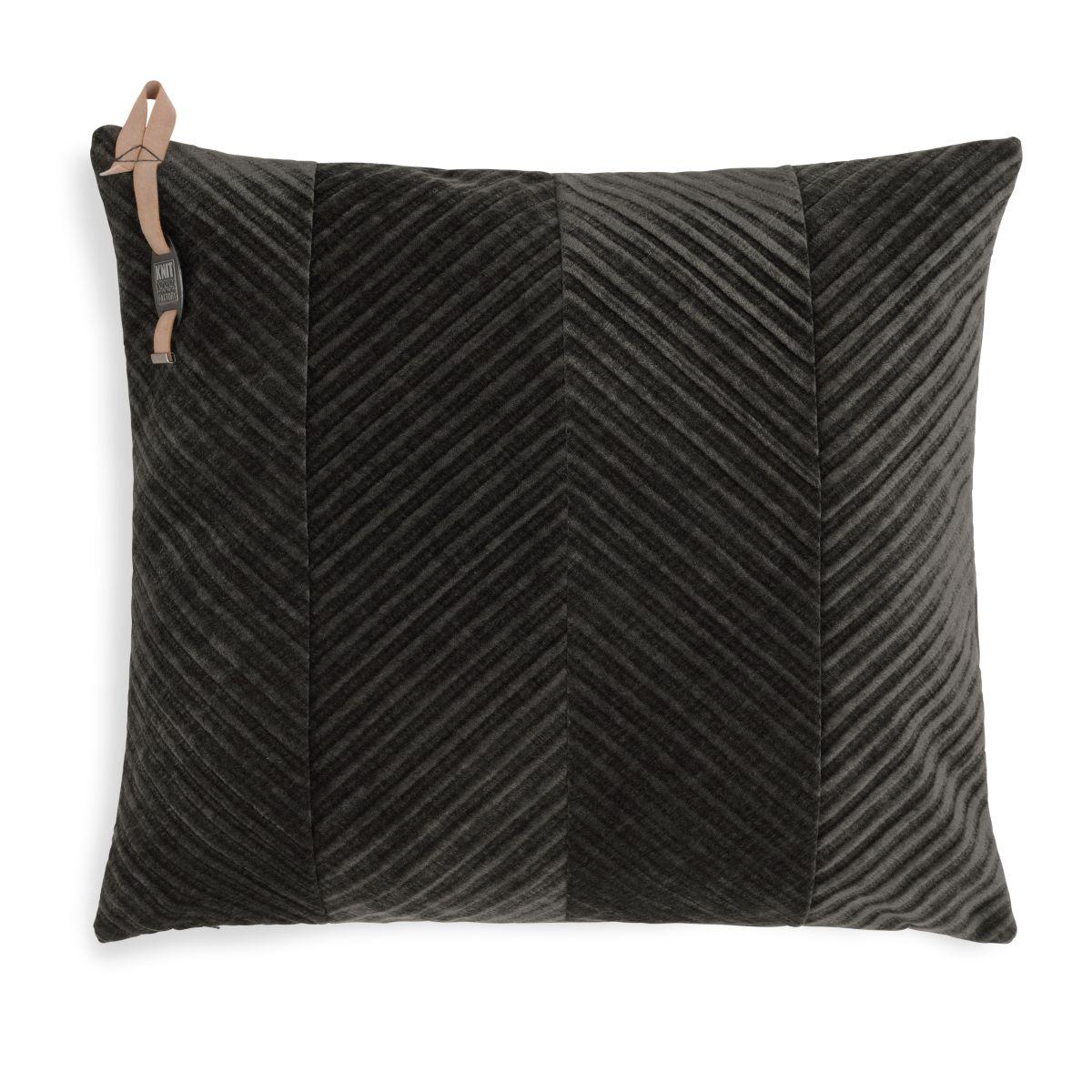 knit factory kf149012037 beau kussen donkerbruin 50x50 1