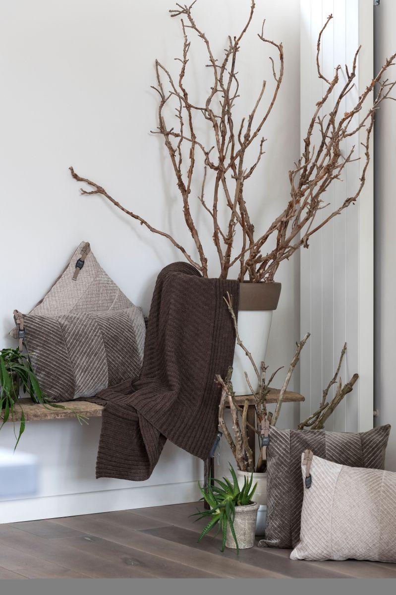 kf149012 knit factory beau kussen 50x50 4