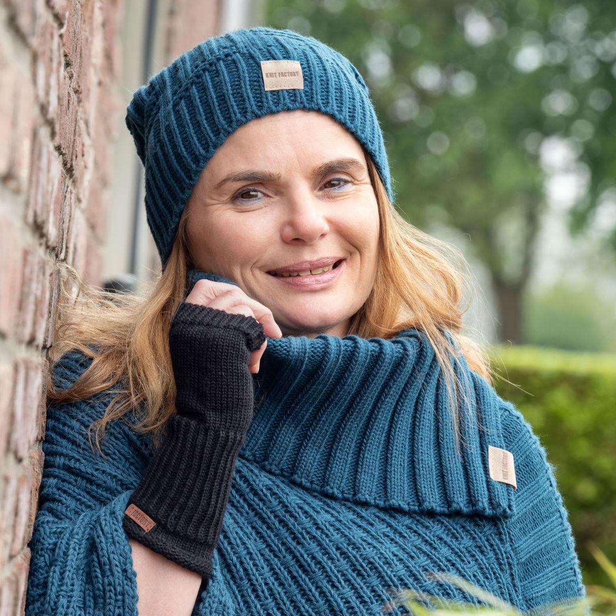 knit factory kf14407000850 bobby muts petrol 2