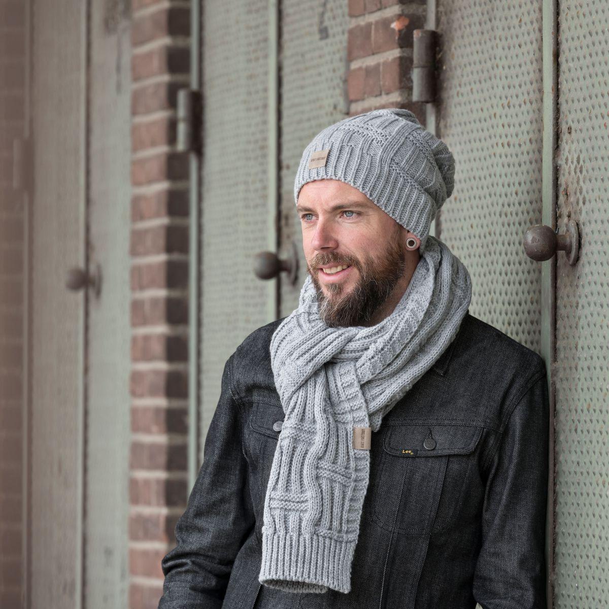 knit factory kf14406501150 bobby sjaal licht grijs 2
