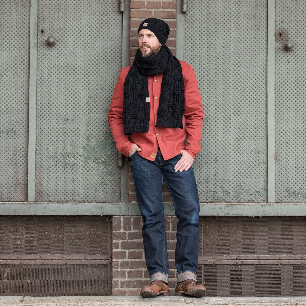 knit factory kf14406500050 bobby sjaal zwart 4