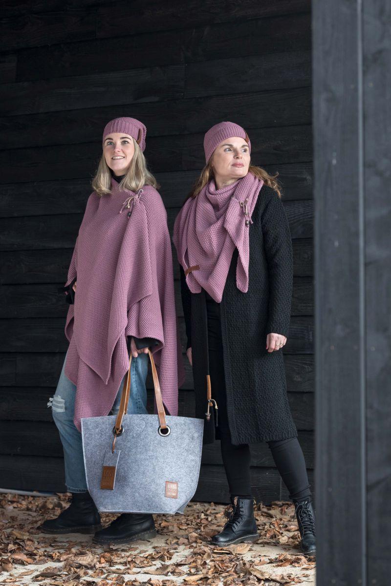 knit factory 1207027 coco beanie lila 2