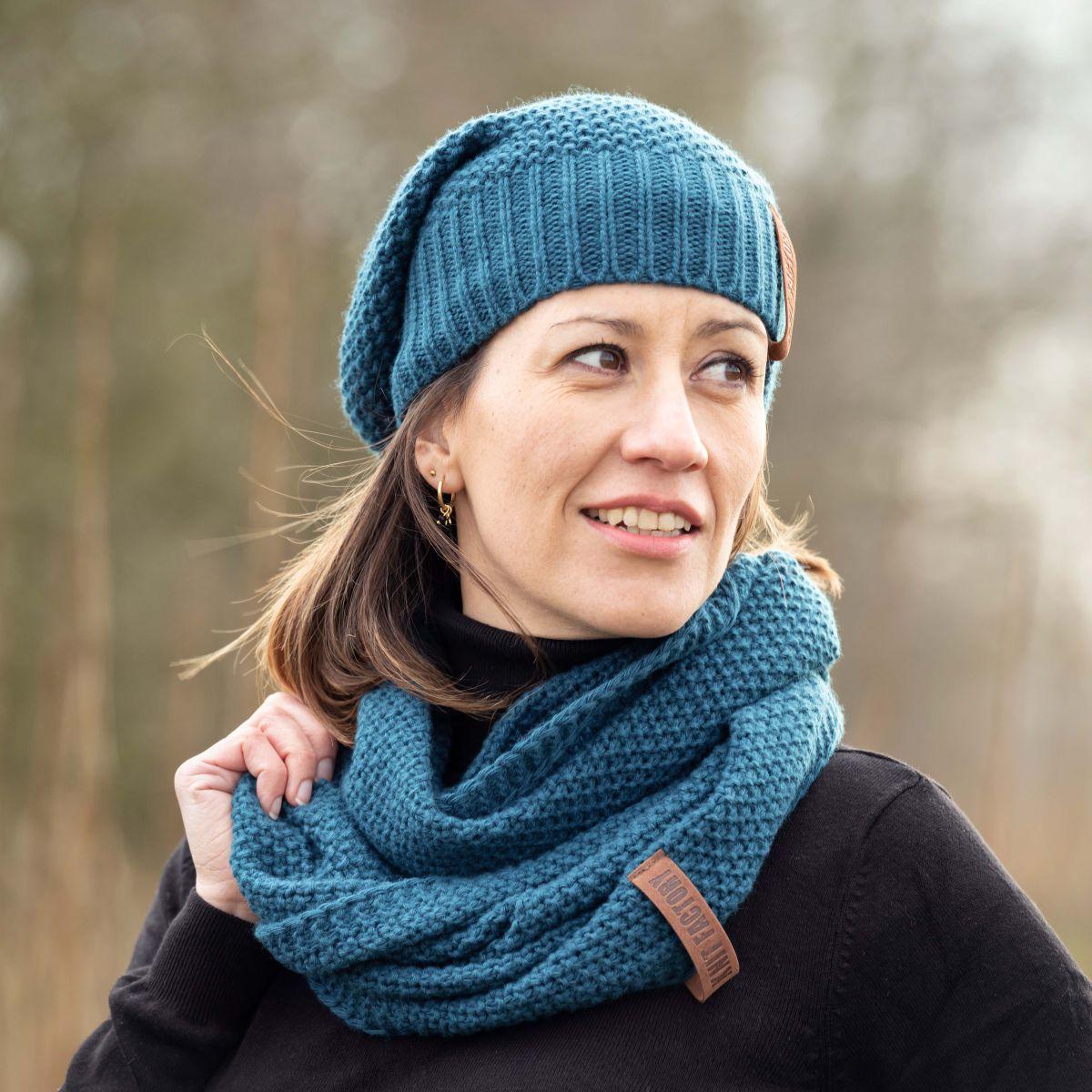 knit factory kf120070008 coco beanie petrol 4